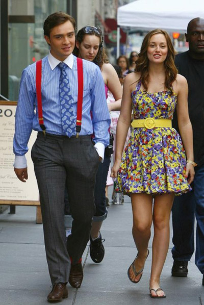 leighton-meester-ed-westwick-on-the-set-of-gossip-girl-new-york